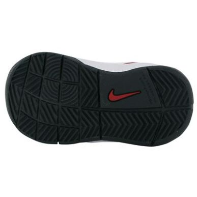 Купить Nike Team Hustle D5 Infants Trainers 2150.00 за рублей