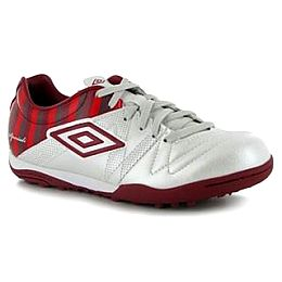 Купить Umbro Speciali 3 Cup Junior Astro Turf Trainers 2050.00 за рублей