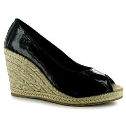 Купить Golddigga Patent Ladies Wedges 1900.00 за рублей