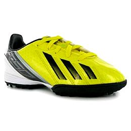Купить adidas Questra FG TRX Junior 1900.00 за рублей